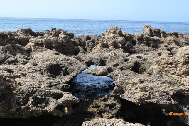 29. Piedra y mar