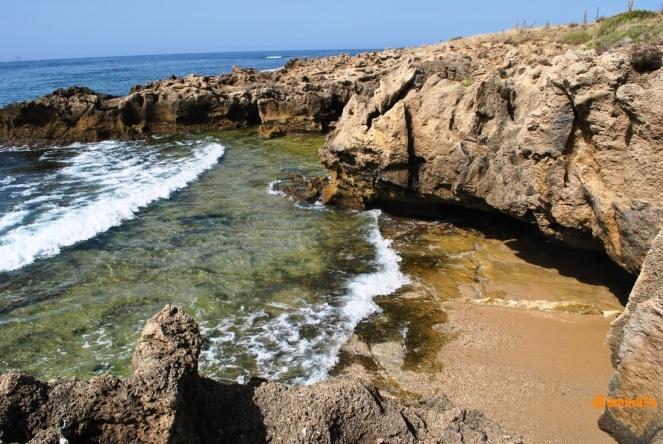 30. Piedra y mar